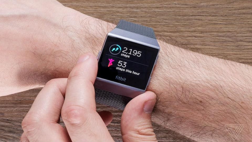 beneficios del reloj Fitbit lonic